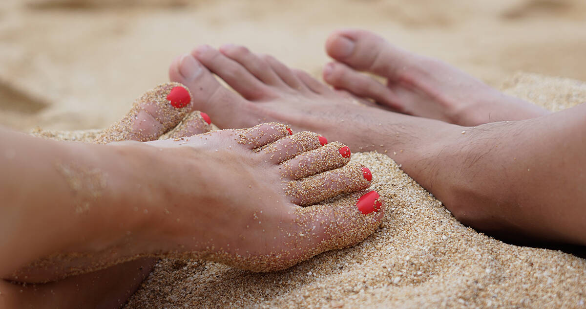 Blissful Toes for Summer! Using Essential Oils
